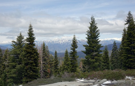 View of Kings Canyon NP from Sequoia.
