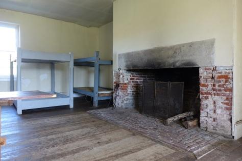 ft-mifflin-soldiers-barracks-interior